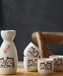 Maneki Neko Lucky Cat Japanese Wine Set