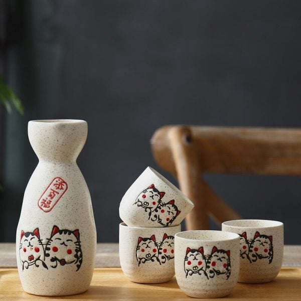 Maneki Neko Lucky Cat Japanese Wine Set