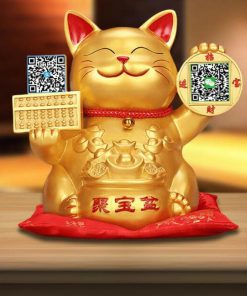 2019 Maneki Neko Lucky Cat With QR Code Decoration