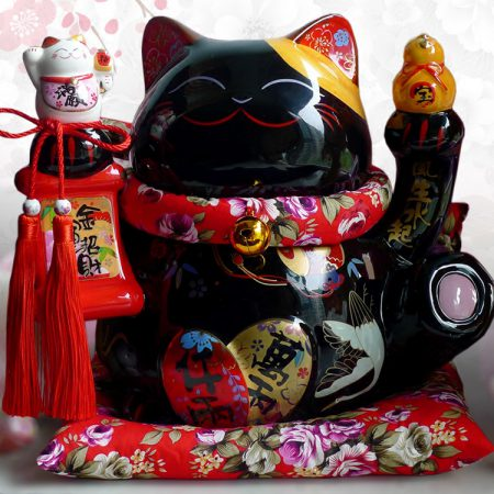 Black Maneki Neko Ceramic Fengshui Cat
