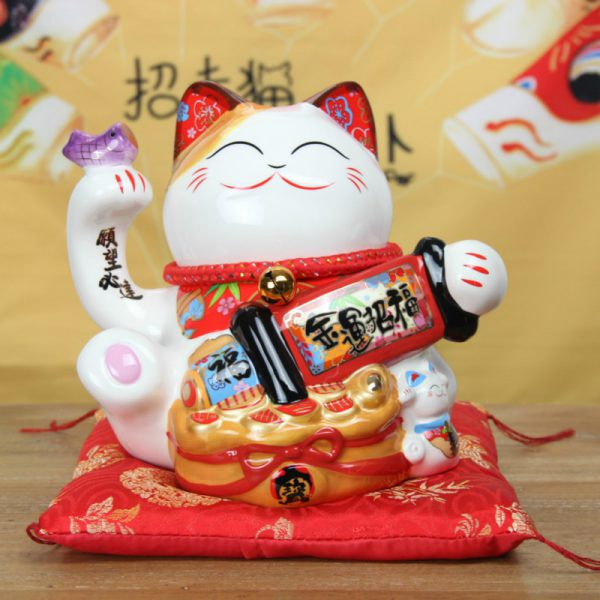 8 Inch Fengshui Lucky Cat Maneki Neko