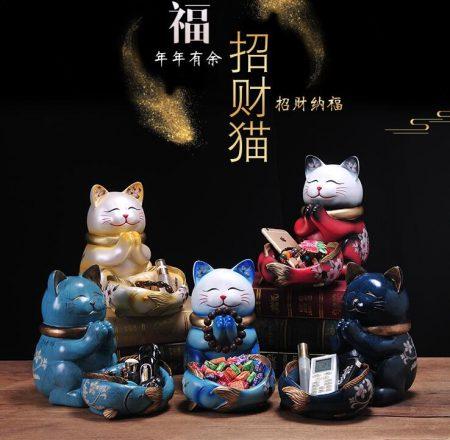 Unique Ceramic Lucky Maneki Neko Cat Figurines