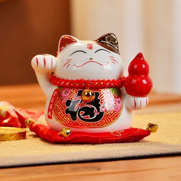 4 Inch Ceramic Fengshui Cat 2019 Maneki Neko