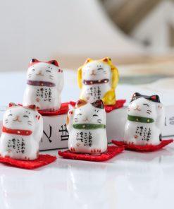 2019 Famous Maneki Neko Mini Figurines