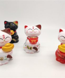 Cute 2019 Chinese Lucky Cat Maneki Neko Miniatures