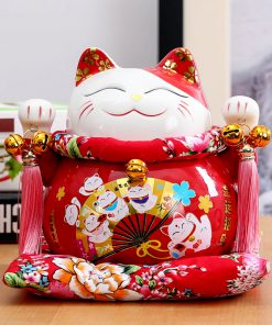 7 Inch Chinese Style Maneki-Neko Ceramic Fortune Cat